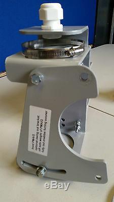 Avenger 4u Générateur D'éolienne Droit De Lourds En Utilisant 4 Kt 880mm 12or 24v Alimentation Uk
